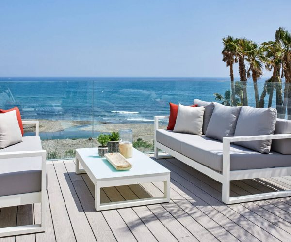 Contemporary sea facing townhouses with private beach